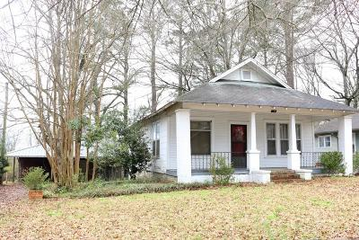 Single Family Home For Sale: 712 S Church St.