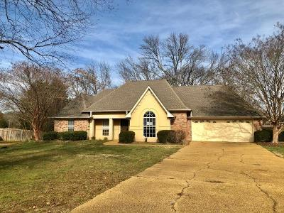 Tupelo MS Single Family Home For Sale: $161,000