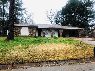 Single Family Home For Sale: 2462 Barnes Crossing Road