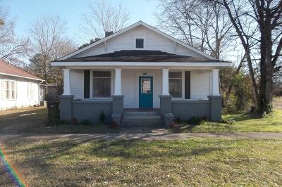 Single Family Home For Sale: 508 N Main St.