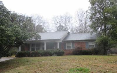 Single Family Home For Sale: 1708 Susanne County Road .