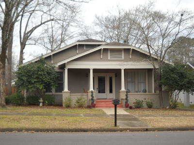 Single Family Home For Sale: 404 S 5th St.