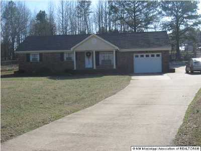 Holly Springs Single Family Home For Sale: 3097 Marianna Road