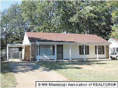 Southaven Single Family Home For Sale: 8467 Booneville