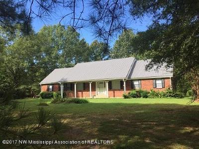 Byhalia Single Family Home For Sale: 3864 S Red Banks