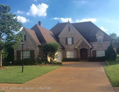 Olive Branch Single Family Home For Sale: 6867 Dakota Circle