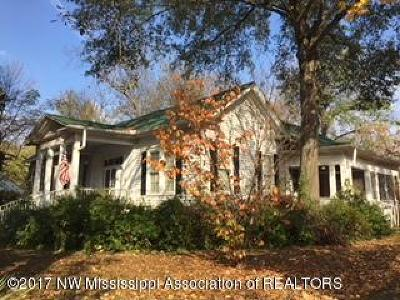 Holly Springs Single Family Home Active/Contingent: 165 N Maury Street