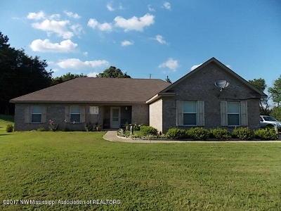 Byhalia Single Family Home For Sale: 5512 Hernando Road