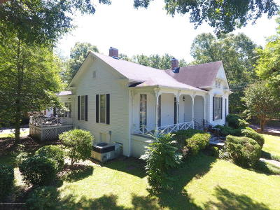 Holly Springs Single Family Home For Sale: 195 S Craft