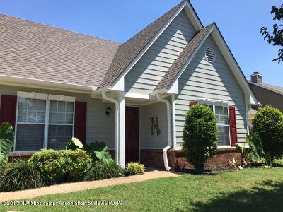 Horn Lake Single Family Home For Sale: 1862 Towson Ln