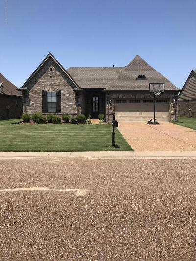 Walls Single Family Home Active/Contingent: 4845 Cantata Drive