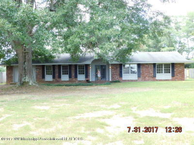 Tate County Single Family Home For Sale: 227 Morgan Road