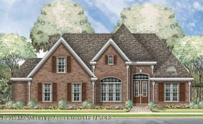 Olive Branch MS Single Family Home For Sale: $257,000