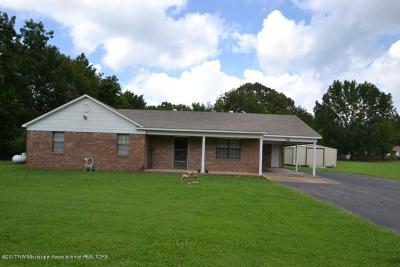Byhalia Single Family Home For Sale: 42 Douglas Road