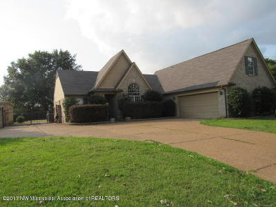 Walls Single Family Home For Sale: 7541 Delta Lakes Boulevard