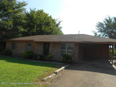 Olive Branch Single Family Home For Sale: 6210 McNeil Drive