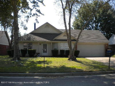 Olive Branch Single Family Home For Sale: 10157 Palmer