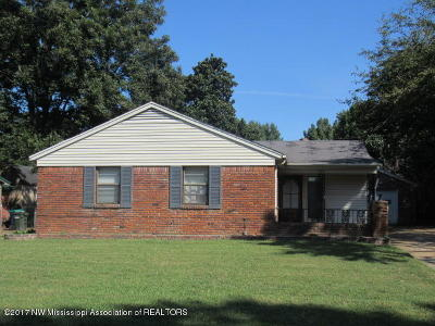 Southaven Single Family Home For Sale: 1582 Staunton Drive