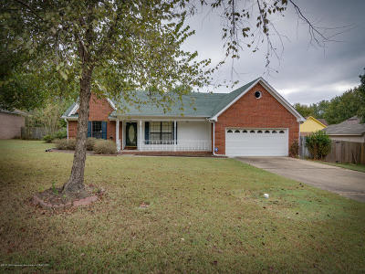 Olive Branch Single Family Home For Sale: 6818 Craft