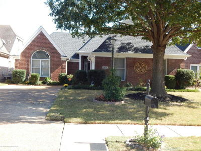 Olive Branch Single Family Home For Sale: 6456 Cheyenne Drive