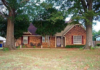 Horn Lake Single Family Home For Sale: 5594 Tissington Cove