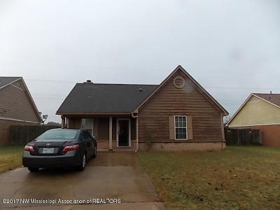 Horn Lake Single Family Home For Sale: 2650 Pintail Drive