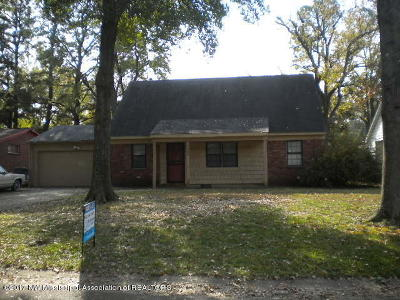 Southaven Single Family Home For Sale: 1367 Vicksburg