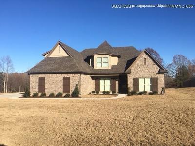 Byhalia Single Family Home For Sale: 448 W Byhalia Creek Farms