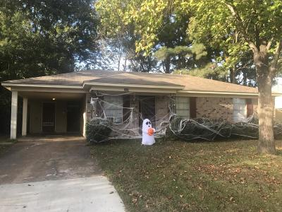 Horn Lake Single Family Home For Sale: 3030 Normandy