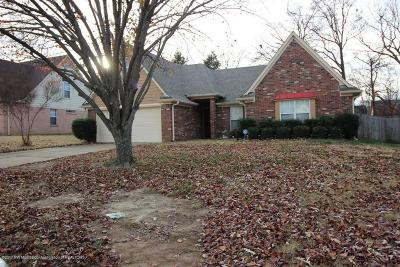 Southaven Single Family Home For Sale: 7415 Fox Trace