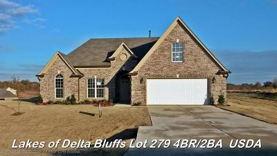 Walls Single Family Home For Sale: 7722 Delta Bluffs Parkway