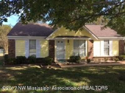 Desoto County Single Family Home For Sale: 6390 Collinwood