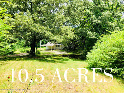 Holly Springs Single Family Home For Sale: 1332 Hwy 7 N
