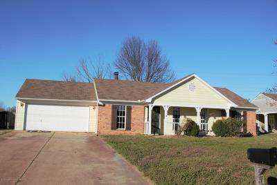 Horn Lake Single Family Home For Sale: 7461 Dunbarton