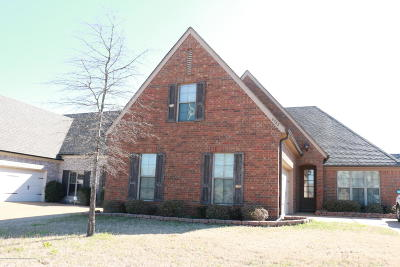 Olive Branch Single Family Home For Sale: 6782 Laughing Gull