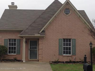 Horn Lake Single Family Home For Sale: 7043 Foxhall