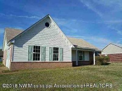 Horn Lake Single Family Home For Sale: 2640 Winwood Cove