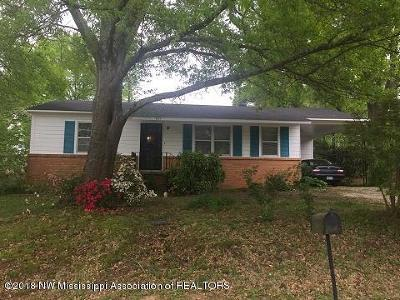 Holly Springs Single Family Home For Sale: 405 Ridgecrest Drive