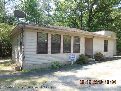 Lafayette County Single Family Home For Sale: 23 County Road 5007