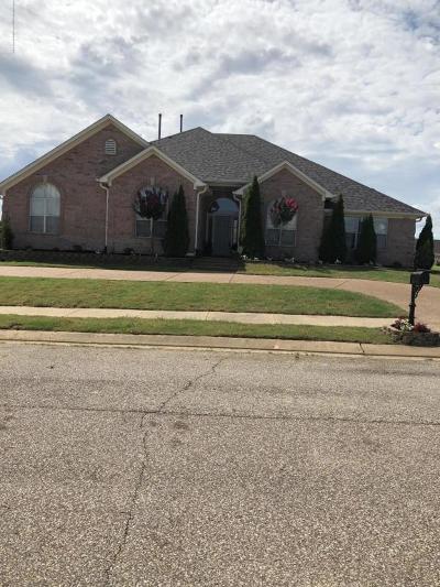 Olive Branch Single Family Home For Sale: 12918 Myrtle Bend Loop