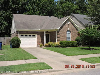 Olive Branch Single Family Home For Sale: 8373 Regal Bend Drive