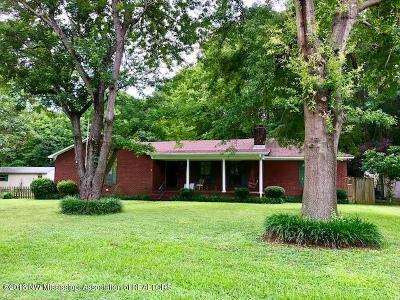 Tate County Single Family Home For Sale: 110 Mae