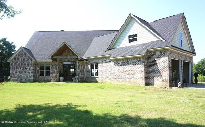 Tate County Single Family Home For Sale: 3066 Ob McClinton Road
