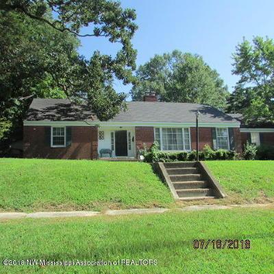 Marshall County Single Family Home For Sale: 340 W Chulahoma Avenue