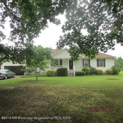 Byhalia Single Family Home For Sale: 13180 Abernathy Road