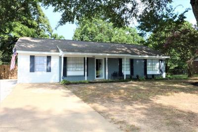 Hernando Single Family Home For Sale: 1394 Pontotoc Street