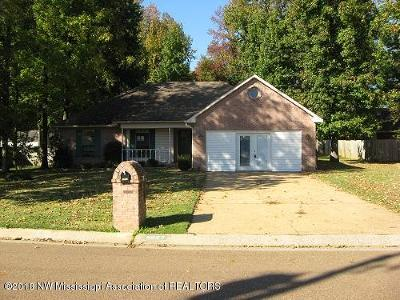 Olive Branch Single Family Home For Sale: 5827 Southbend Lane