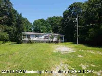 Tate County Single Family Home For Sale: 2381 Rifle Range Road