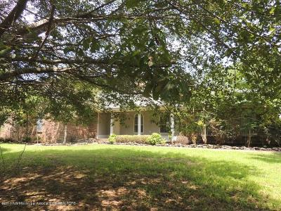 Tate County Single Family Home For Sale: 371 Cottonwood Cove
