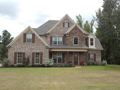 Byhalia Single Family Home For Sale: 11753 Hidden Acres